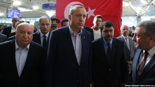 Erdoğan Suriyeliler'e Vatandaşlık Konusunda Israrcı