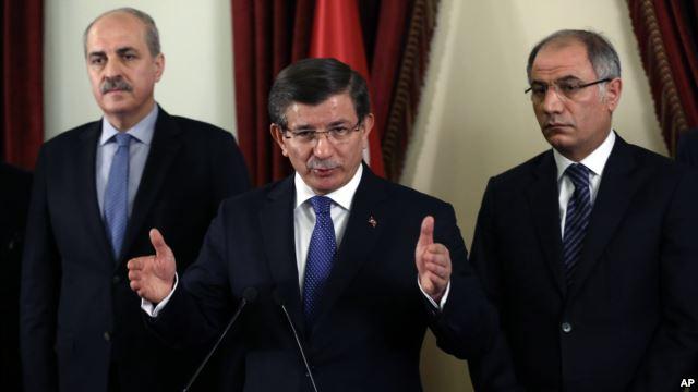 Davutoğlu PKK'yı işaret etti