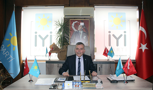 Yüksel Karaçam çoğunluğunu 190 oy alarak İYİ Parti ilçe başkanı oldu